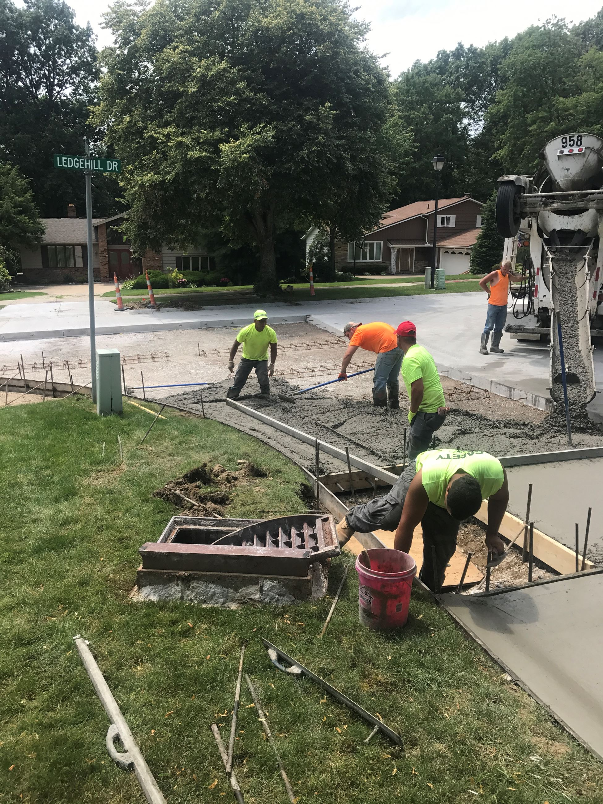 Annual Concrete Repair Program - Pavement Placement Ledge Hill